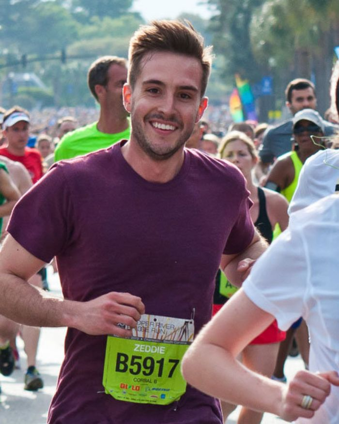 Ridiculously Photogenic Running Guy